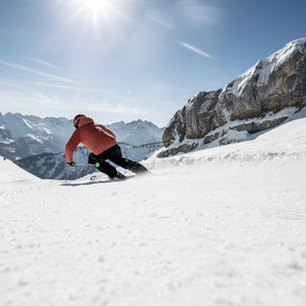 Skiing at the Ifen | © Kleinwalsertal Tourismus eGen | Photographer: Dominik Berchtold