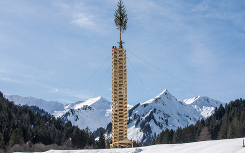 Tower for the tradition of Funkenfeuer | © Kleinwalsertal Tourismus eGen | Photpgrapher: Frank Drechsel