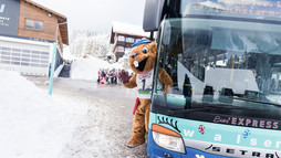 Burmi in the Walserbus | © Kleinwalsertal Tourismus eGen | Photographer: Oliver Farys