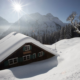 Max hut in winter | © Kleinwalsertal Tourismus eGen | Photographer: Oliver Farys