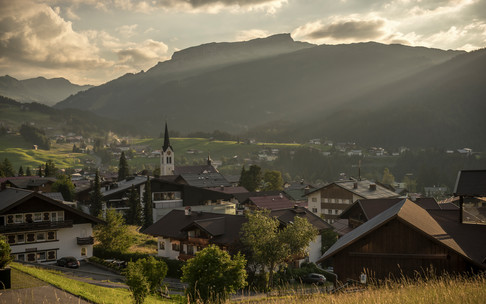 Mountain summer in Riezlern | © Kleinwalsertal Tourismus eGen | Photographer: Steffen Berschin