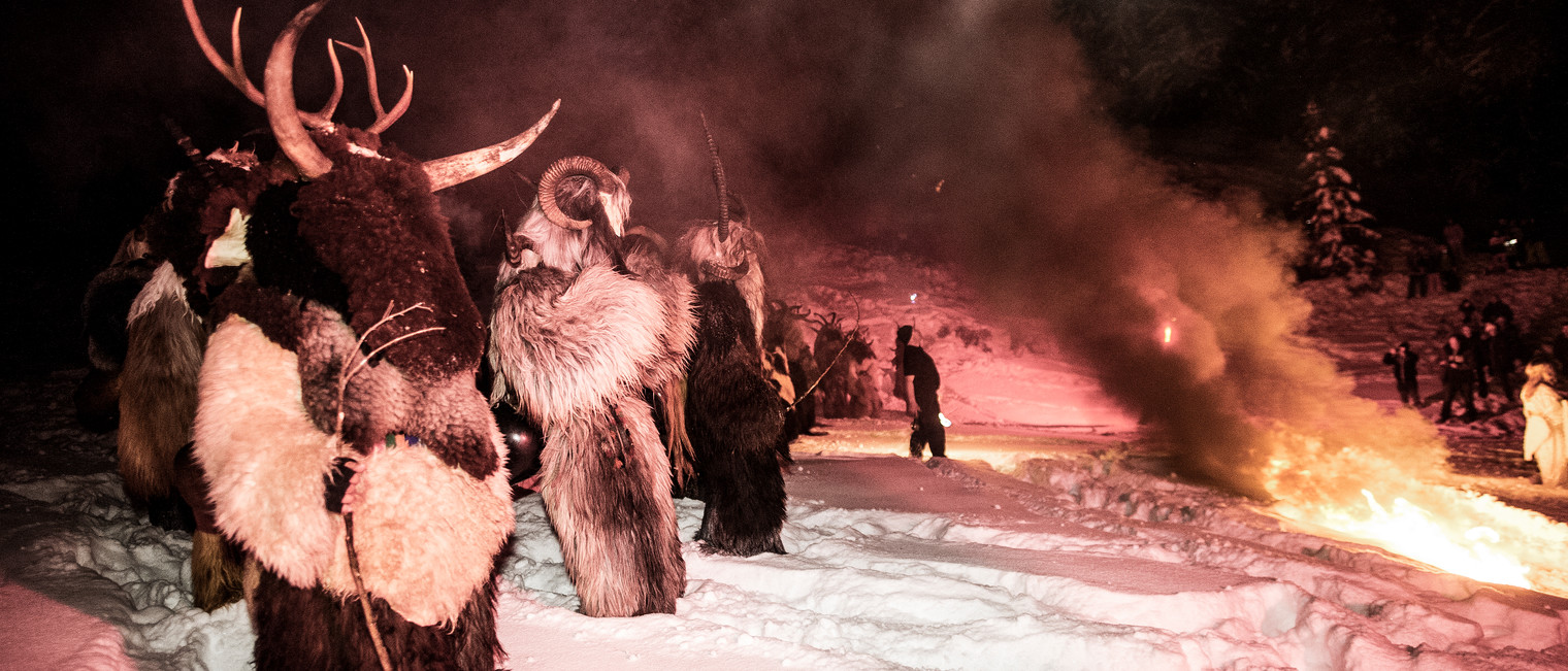 Krampuses ring in the Advent | © Kleinwalsertal Tourismus eGen | Photographer: Dominik Berchtold