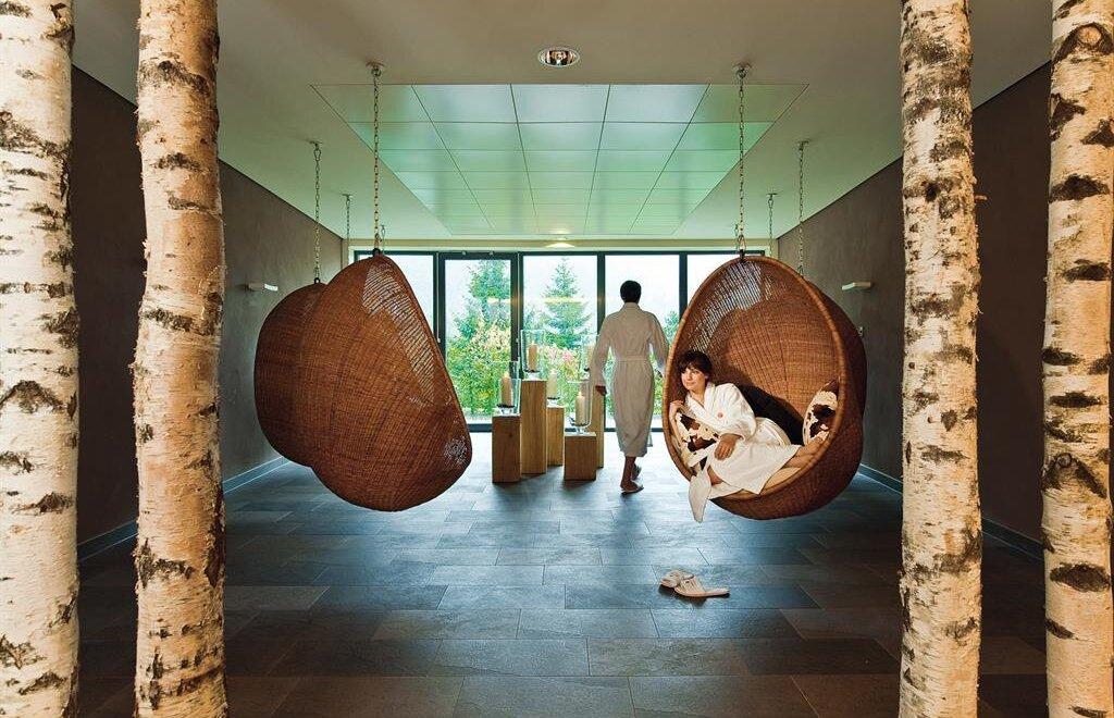 grenzenlos wandern in travel charme ifen hotel in hirschegg. Black Bedroom Furniture Sets. Home Design Ideas